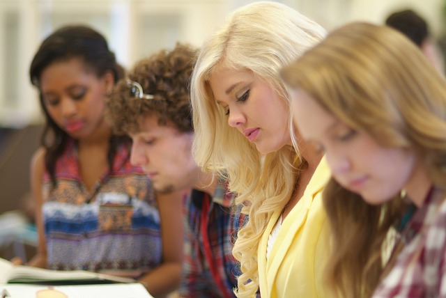 Finish College Fast With the Benefits of Online Learning